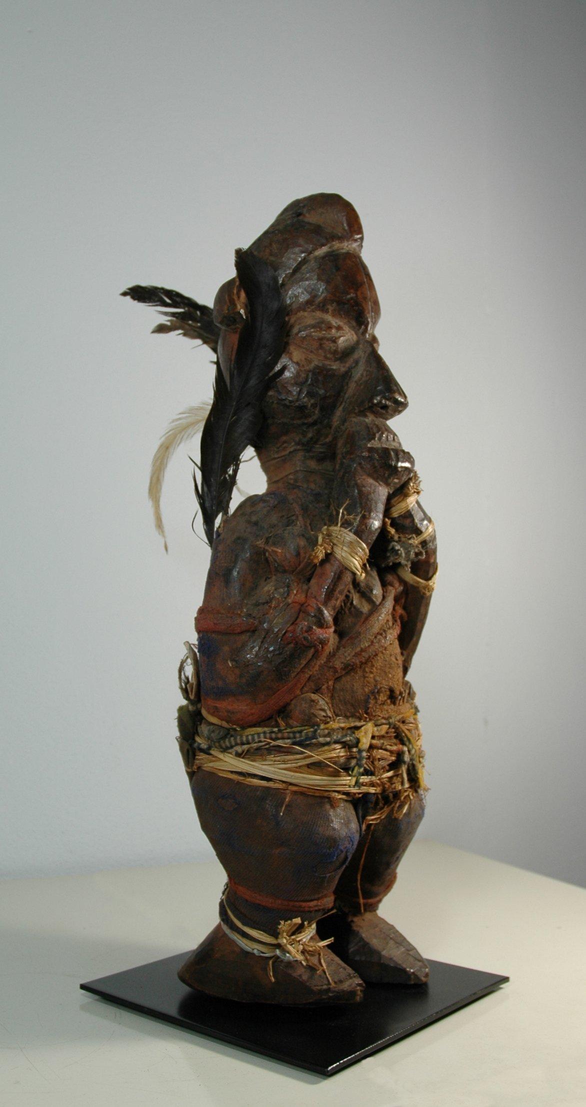 Suku figuur <em>bwene</em>
