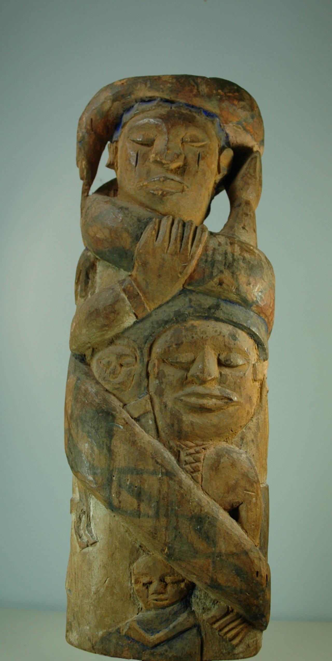 Urhobo mami wata skulptuur