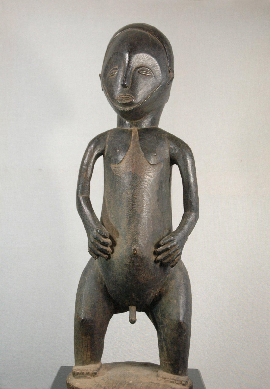 Hemba Hombo figure
